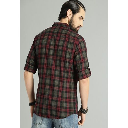 Roadster Men Olive Green & Maroon Regular Fit Checked Casual Shirt