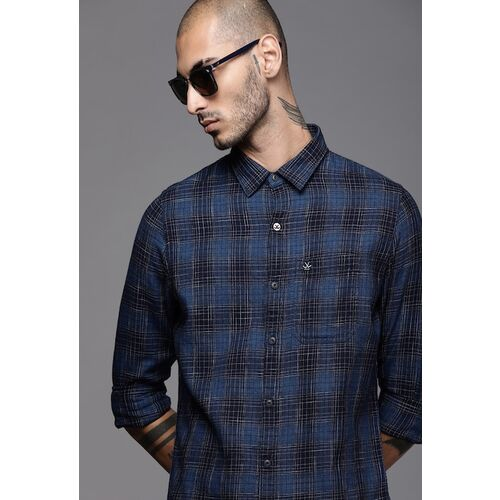 WROGN Men Navy Blue & White Slim Fit Checked Casual Shirt