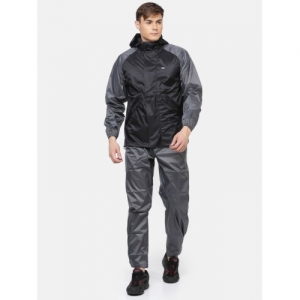 Wildcraft Solid Men & Women Nylon Black Solid Hooded Unisex Raincoat
