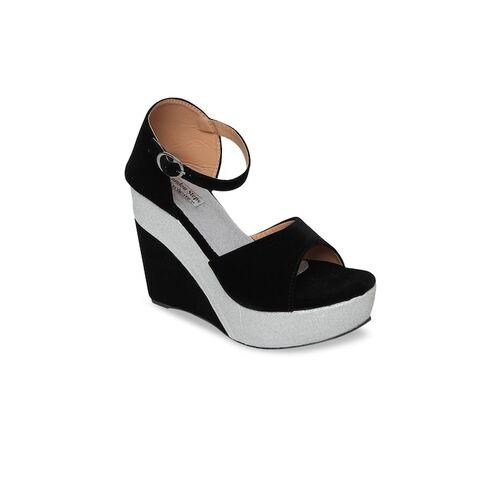 LONDON STEPS Women Black Solid Heels