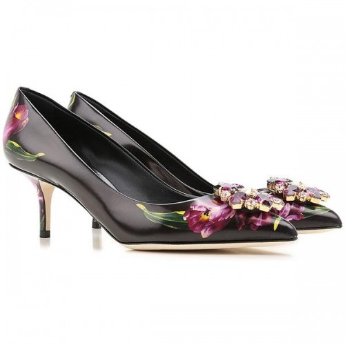 Buy Dolce   Gabbana Black Floral Printed Leather Pumps online ... a3706b13256b9