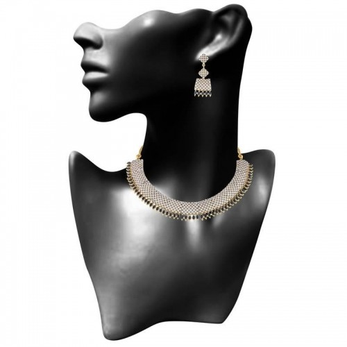 Heena classic collection blue stone necklace set