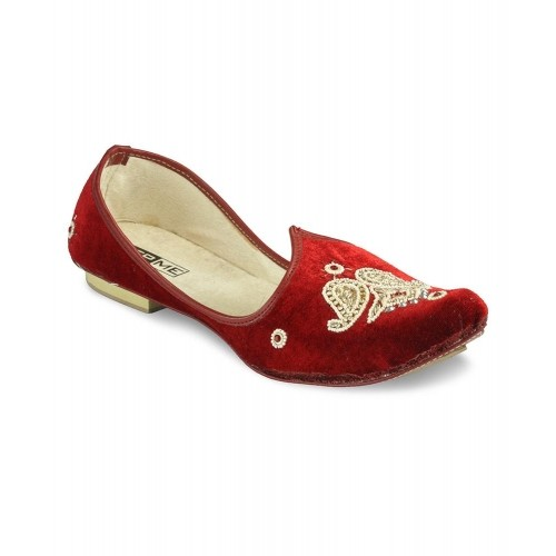 Yepme  Maroon Mojaris For Men