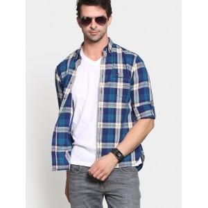 Peter England  Blue & Off-white Cotton Checkered Regular Fit Shirt For Men