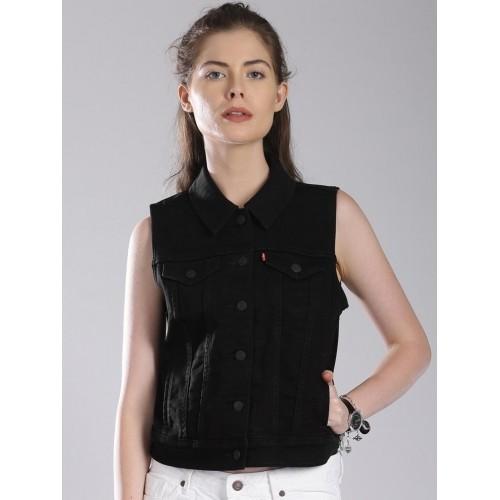 998ff42439f4d3 Buy Levis Black Women s Denim Jacket online