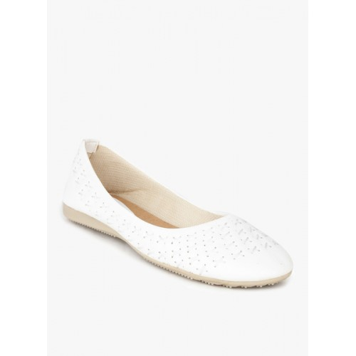 Hand Walk White Belly Shoes