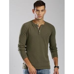 Tommy Hilfiger Men's Olive Green Solid Henley Neck T-Shirt