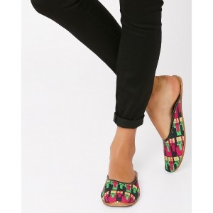 FIZZY GOBLET Printed Leather Juttis