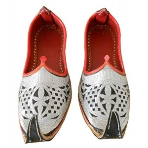 Kalra Creations Men's Silver Leather Ethnic Shoes