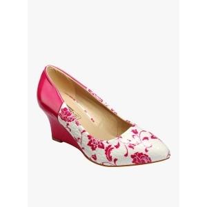 fe8cf1b87e9 Buy latest Women s FootWear from Yepme online in India - Top ...