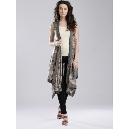 6043ce63322a Buy W Women s Black printed Sleeveless Gilet Shrug online ...