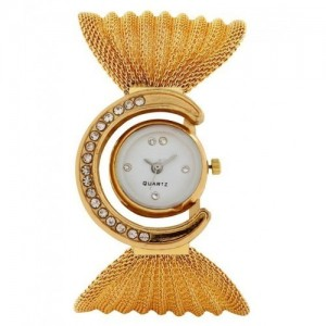 Aaradhya Fashion Golden & White Quartz Analog Watch