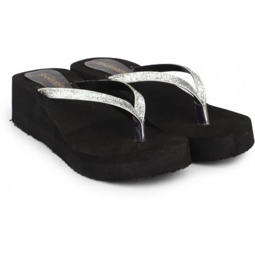 Shoetopia Women Silver Wedges Chappals