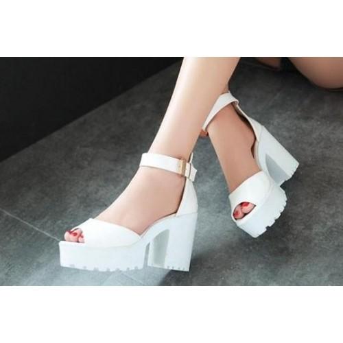 5d340b9246a Buy Street Style Store White Solid Block Heel Sandal online ...