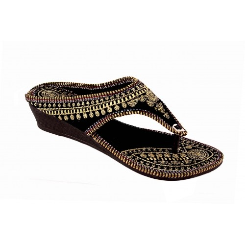 Shopping Station Women Black Flat Chappal