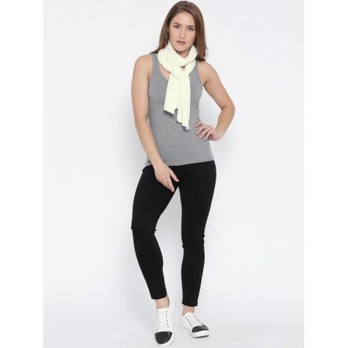 Adidas White ESS Self-Striped Muffler