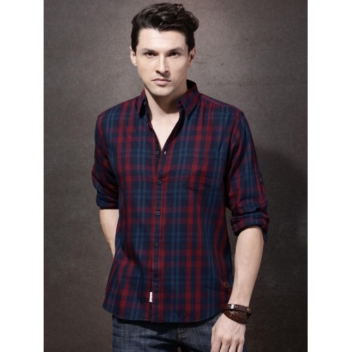 036988c02986 Buy Roadster Navy Blue & Maroon Checked Casual Shirt online ...