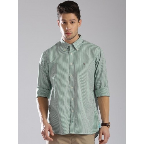 e0161ce1 ... Tommy Hilfiger Men Green & White Striped Custom Fit Casual Shirt ...