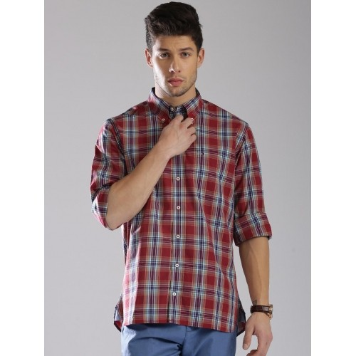 bac23d78 Buy Tommy Hilfiger Red & Blue Checked Custom Fit Casual Shirt online ...
