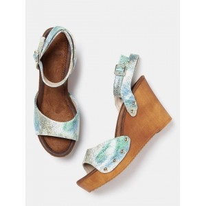 Mast & Harbour Women Green Printed Wedges