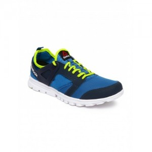 Reebok Blue Men\'s Amaze Run  Running Shoes