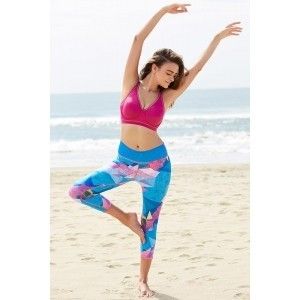 Zivame Multi Color Polyester Spandex Abstract Geometric Print Sports Wear