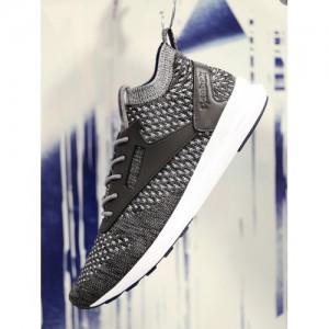 Reebok Classic Men Grey & Black ZOKU ULTK HTRD Running Shoes