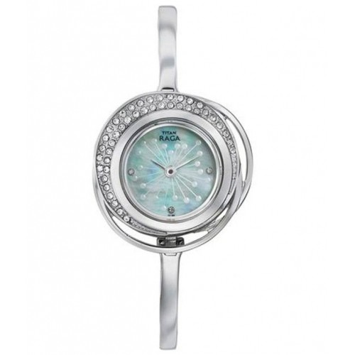 buy titan raga 95003sm01j silver analog watch for women