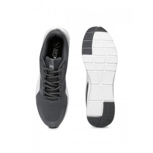 Puma PUMA Flexracer DP Sneakers For Men(Black)