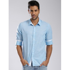5bea1171c85c Buy latest Men's Casual Shirts from Guess online in India - Top ...