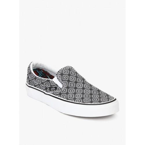 1279518ffc Buy Vans Grey Canvas Slip-On Men Casual Shoes online