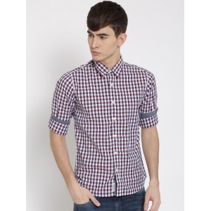 Pepe Jeans Men Navy & White Checked Semi Fit Casual Shirt