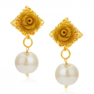 Sukkhi Youthful Gold Plated Earrings For Women