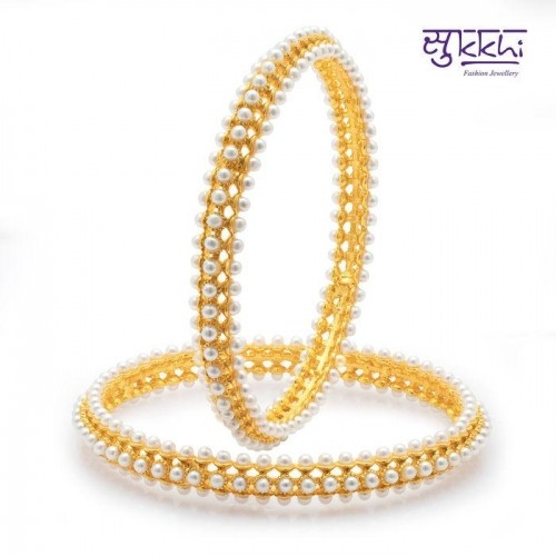 Sukkhi Pleasing Gold Plated Pearl Bangles