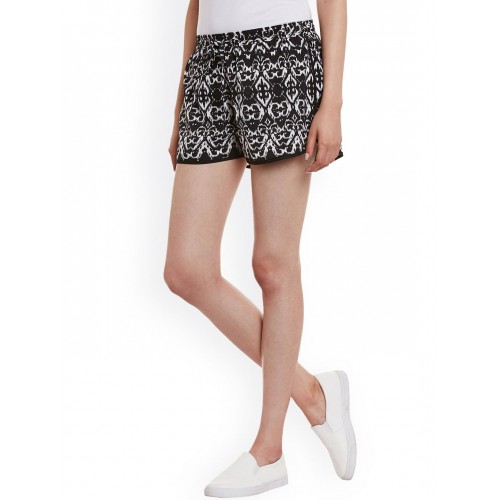 WISSTLER Women Black & White Printed Crepe Regular Fit Shorts