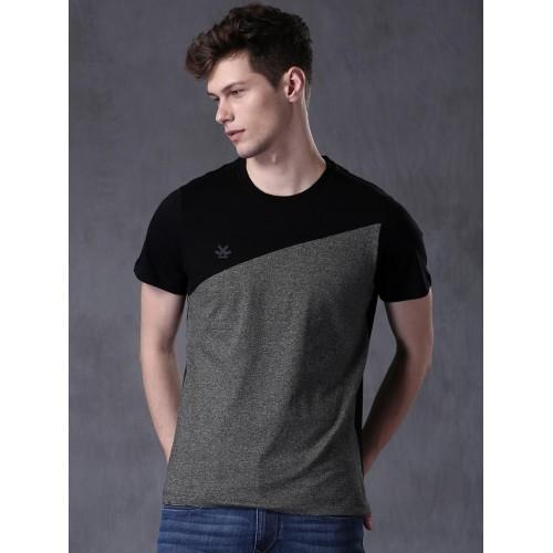 f85e14e82cce ... WROGN Men Grey Melange & Black Colour Blocked Round Neck T-Shirt ...