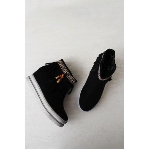 Vajor Black Solid Wedge Boots