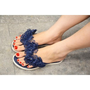 Women's Slippers & Flipflops