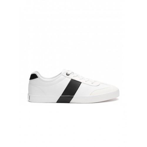 33b3e037eae Buy United Colors of Benetton Men White Sneakers online