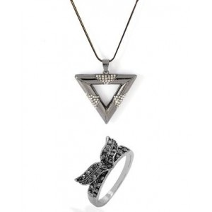 Voylla Combo of Ring & Pendant With Chain