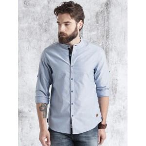 Roadster Men Navy Solid Oxford Shirt