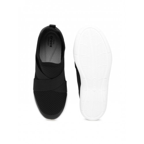 1d93391f3248d4 Buy Crocs Women Black Solid Slip-On Sneakers online
