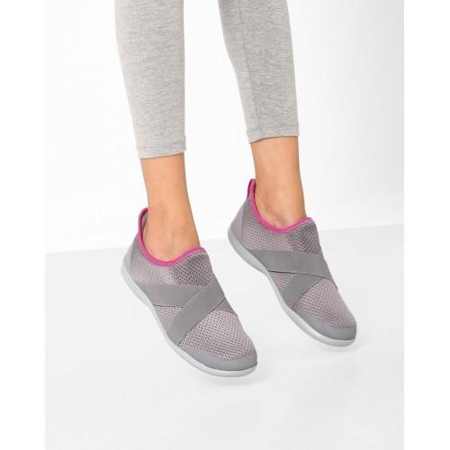 c7ebc5b2f Buy CROCS Swiftwater X-strap Casual Shoes online