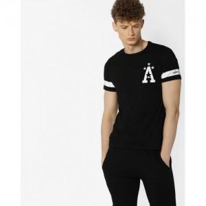 Ajio Black Cotton Printed Crew-Neck T-shirt