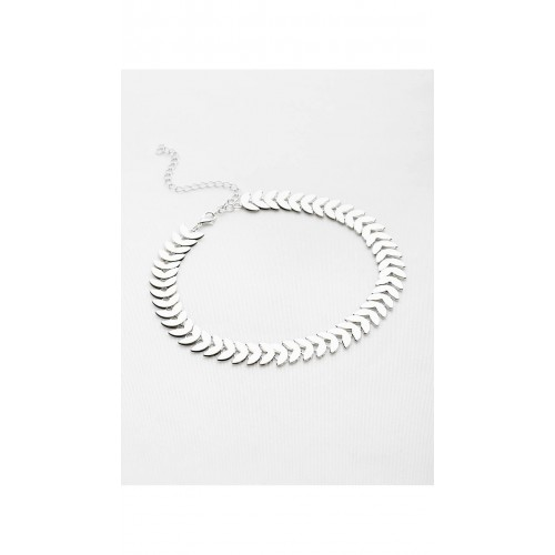64e362daf8 Buy SheIn Silver Leaf Shaped Chain Choker Necklace online | Looksgud.in