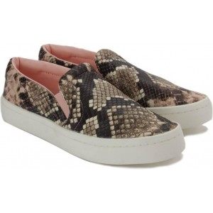 Adidas Brown COURTVANTAGE SLIP ON W Loafers