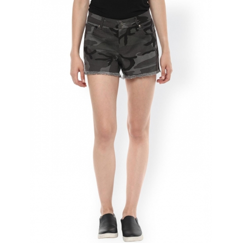 Zima Leto Grey & Black Camouflage Print Regular Fit Shorts