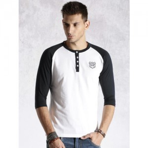 Roadster Men White Solid Henley Neck T-shirt