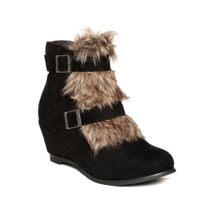 TEN black ankle boot
