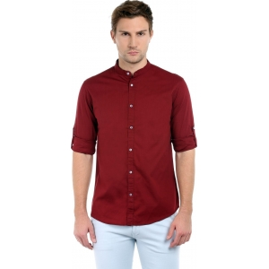 Dennis Lingo Maroon Cotton Solid Slim Fit Casual Shirts